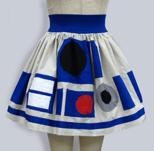 ↑ r2d2 star wars inspired full skirt RESERVED FOR CUSTOMER