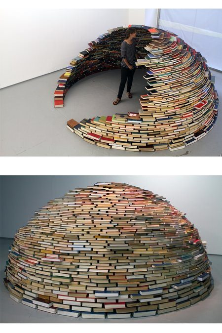 ↑ Book Igloo