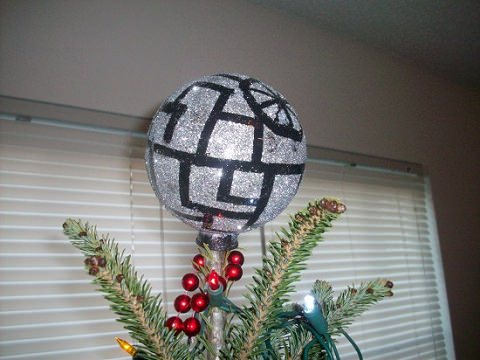 ↑ DIY Death Star Tree Topper