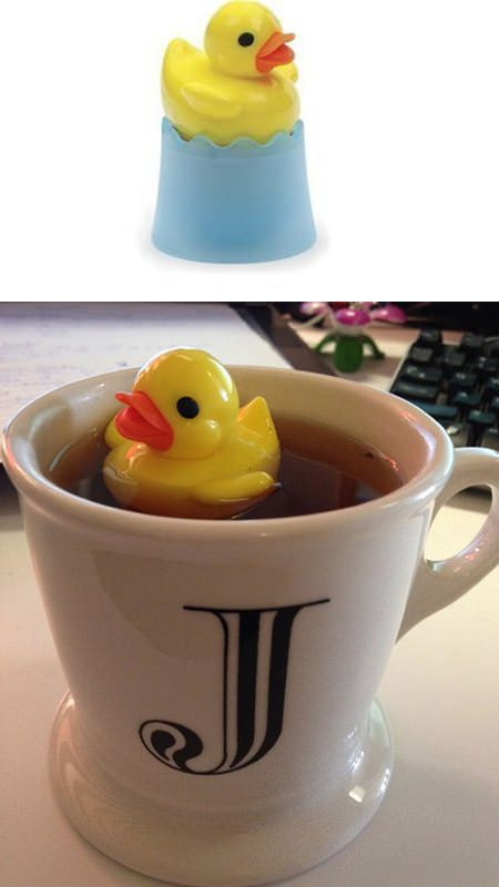 ↑  floating ducky tea infuser