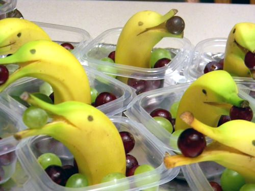 ↑ Cute Banana Dolphins